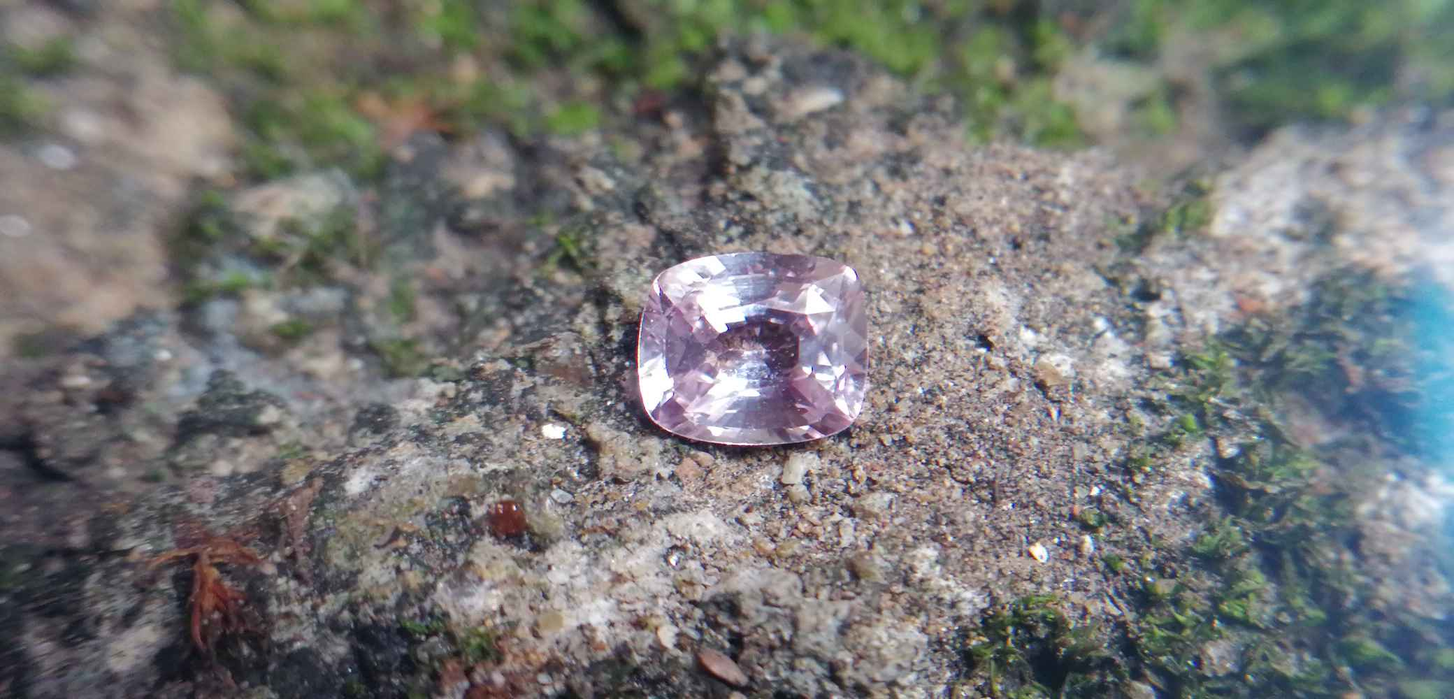 Natural Unheated Pink Sapphire 0.74 CT CSL-4E4FCDOD67F4